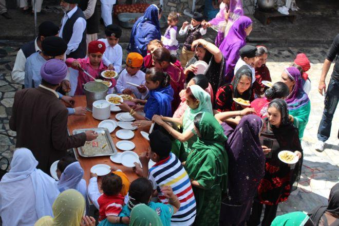 تصویر از افغانستان عبادتگاه اقلیت مذهبی هندو و سیک ها را بازسازی میکند
